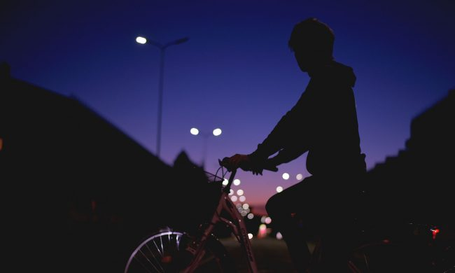 Zo fiets je door het donker – De Velotariër